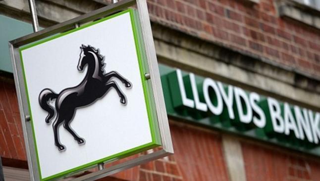 İngilizler Lloyds Bank'i satıyor