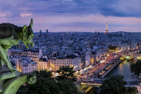 Fransa, el koyduğu 'haksız kazançları' iade edecek