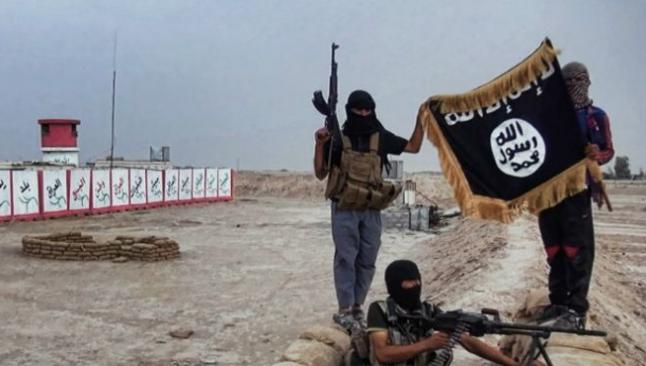 IŞİD 300 Ezidi'yi öldürdü