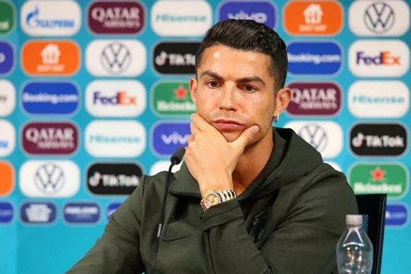 Ronaldo su için dedi, Coca Cola 4 milyar dolar eridi