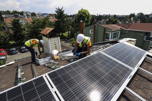 Çatılarda gelecek yıl 600 milyon dolarlık güneş doğacak