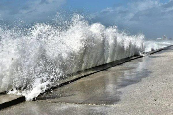 Akdeniz'de su 6 metre yükseldi, uzmanlar uyardı