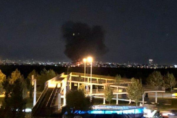 İstanbul Başakşehir'de sanayi bölgesinde yangın