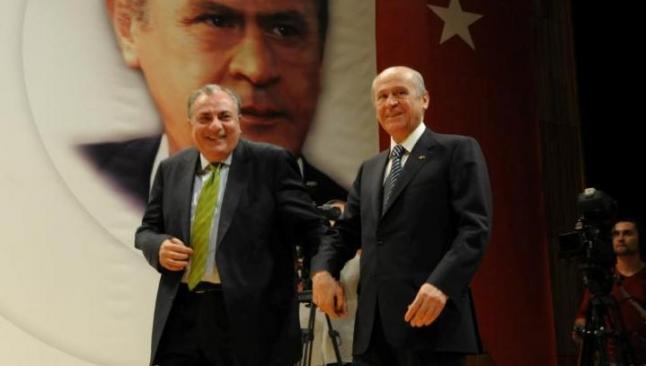 Türkeş, MHP'den ihraç ediliyor