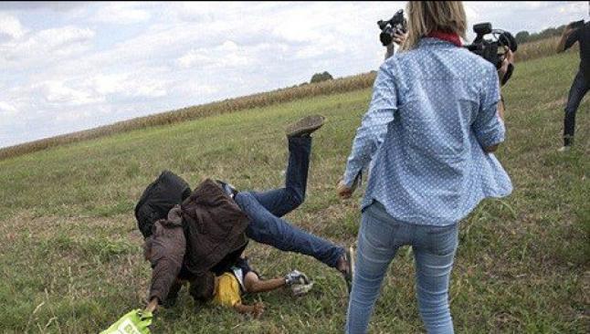 Tekmeci kameraman: Ben anneyim