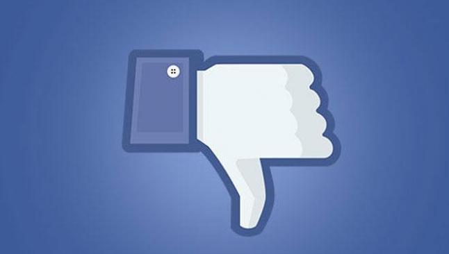 'Facebook kişisel verileri CIA'e veriyor'