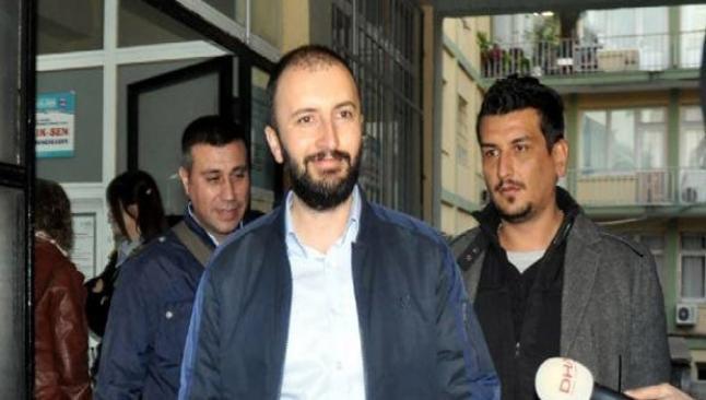 Gazetecilere silahlı isyandan tutuklama