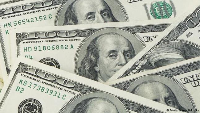 Dolarda satış baskısı sürüyor