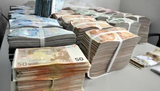 TL, euro karşısında yükseldi