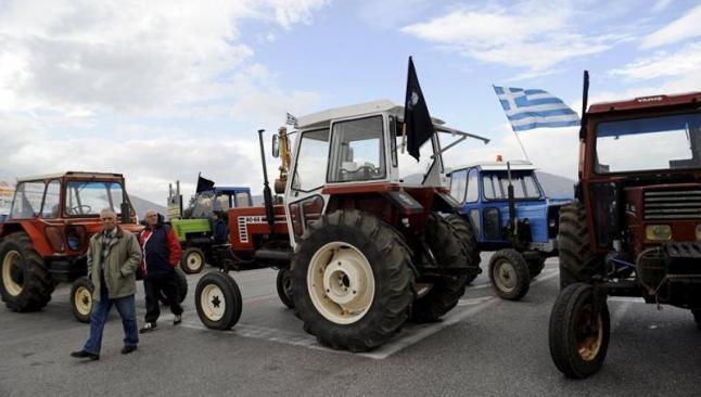 Yunanistan'da çiftçiler sınır kapattı