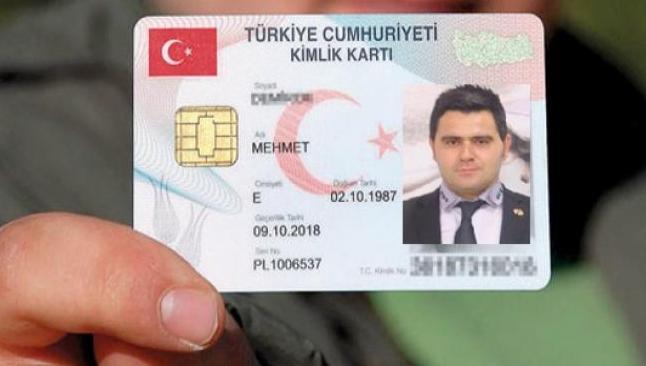Yeni kimlik kartları görücüye çıktı