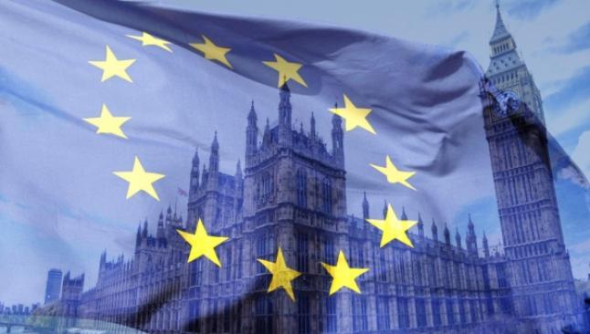 İngiltere'de Brexit'i destekleyenlerin oranı artıyor