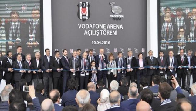 Vodafone Arena açıldı
