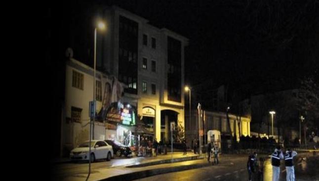 AKP İstanbul binasına bomba