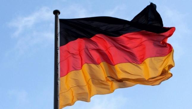 Almanlara Türkiye'de konuşma uyarısı