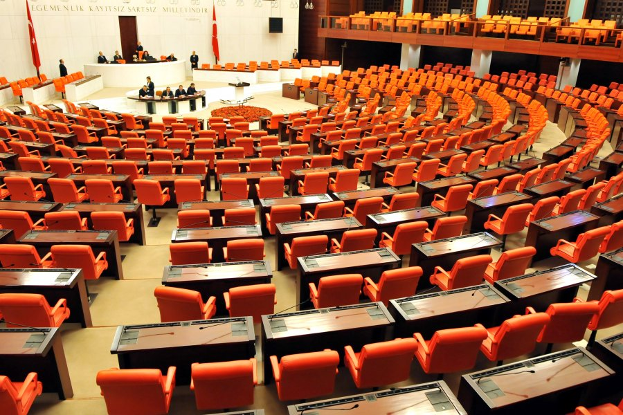 HDP milletvekilleri AYM'ye gidiyor