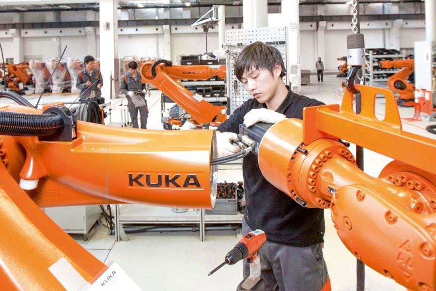Çinliler Alman devi Kuka'yı alıyor