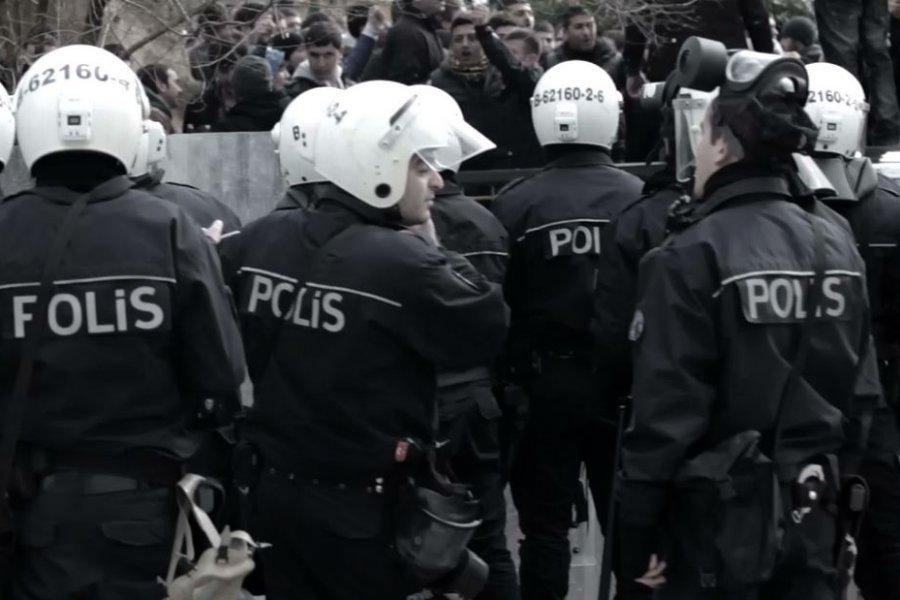 40 subay ve işadamı gözaltına alındı