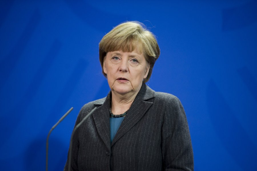 Merkel, vize serbestisi için zaman istedi