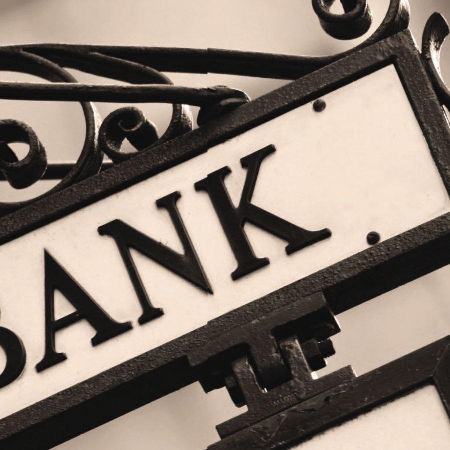 S. Arabistan'da bankalara soruşturma