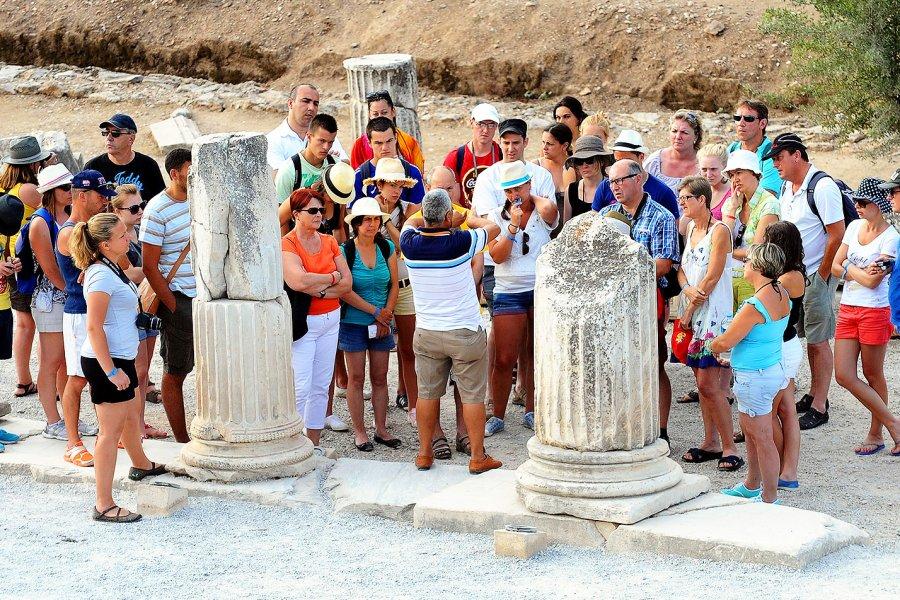Türkiye turizmi 10 milyar dolar kaybedecek