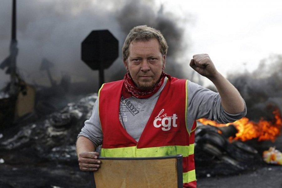 Fransa'daki grevler Euro 2016'yı tehdit ediyor
