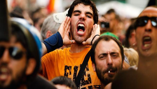 İspanya'nın yarısı krizi çok ağır yaşıyor