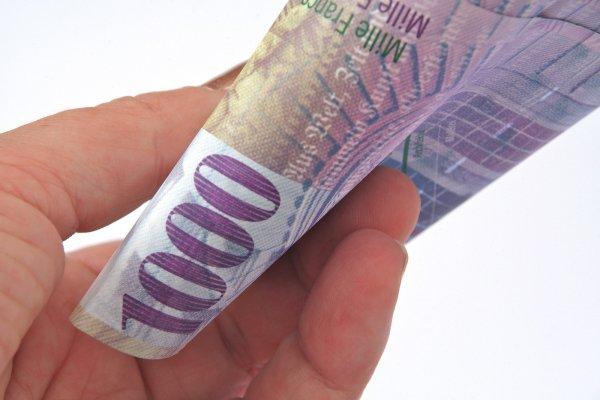 Herkese 7.500 lira maaşı halk kabul etmedi