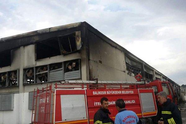 Unakıtan'ın tesislerinde büyük yangın