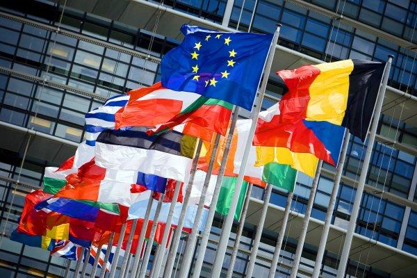 Almanya Yunanistan'ı kurtarmak istiyor