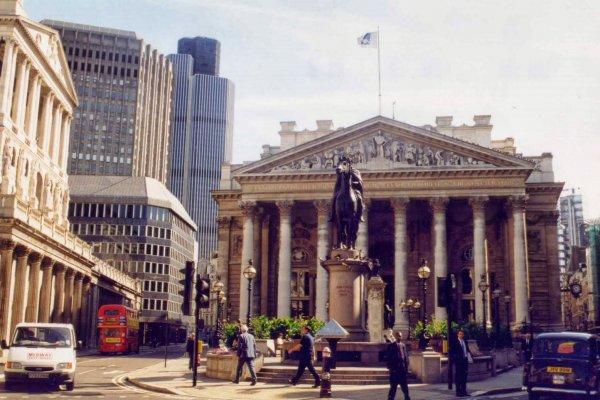 Finans merkezi Londra'nın koltuğu tehlikede