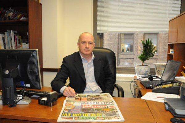 Hürriyet'in New York temsilcisi gözaltına alındı