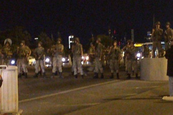 Jandarma Boğaziçi Köprüsü ve FSM'yi trafiğe kapattı