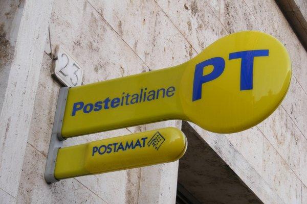 İtalya posta idaresinin yüzde 30'unu satıyor