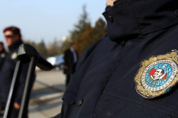 MİT'te 100 personel görevden alındı