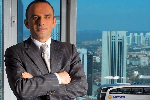 Metro'nun sahibi İstanbul Otogarı'nın ismini değiştirdi