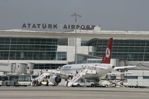 Atatürk Havalimanı'nda güvenlik önlemleri artırılıyor