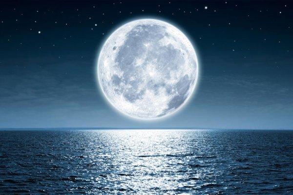 Ay'da mezar fiyatları açıklandı