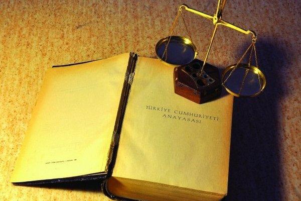 Anayasa Komisyonu 7 maddede uzlaştı