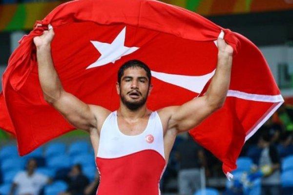 Rio Olimpiyatları'nda ilk altın madalya