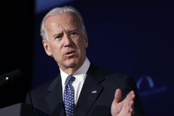 Ön seçimin galibi Joe Biden