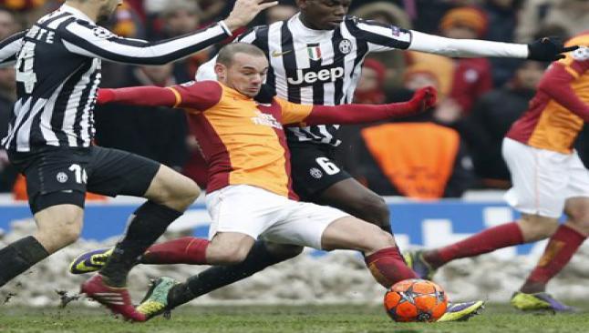 Sneijder, borsada da uçurdu