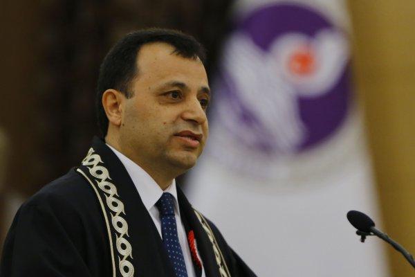 AYM Başkanı: OHAL hukuksuzluk değildir