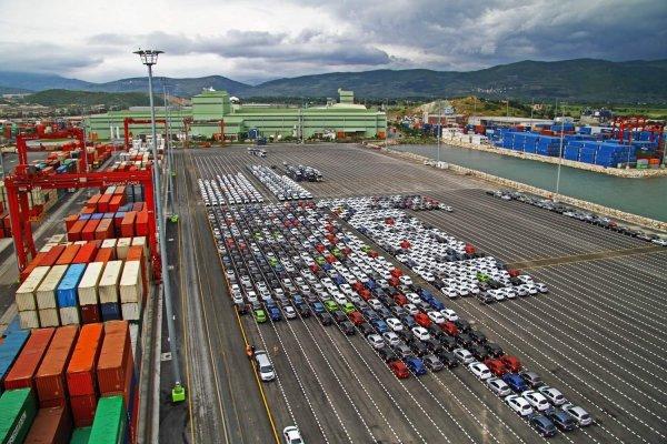 Otomotiv ihracatı bayram tatiline rağmen arttı