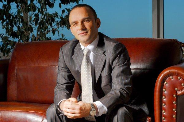 Metro Turizm'in sahibi Galip Öztürk yurtdışına kaçtı