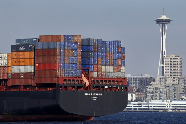 Dış ticaret açığı ocakta arttı