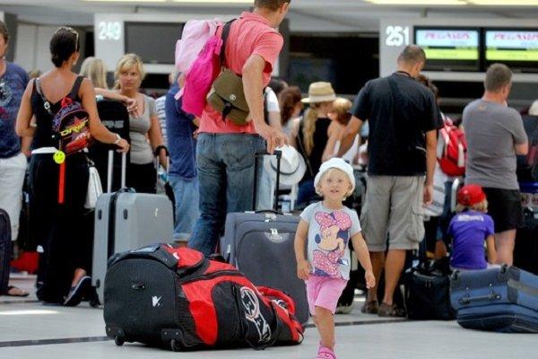 Turist sayısı 11 ayda yüzde 14,3 artarak 42 milyon 910 bin oldu