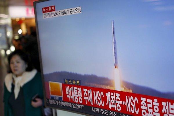 Kuzey Kore'nin fırlattığı füzeler Japon bölgesine düştü