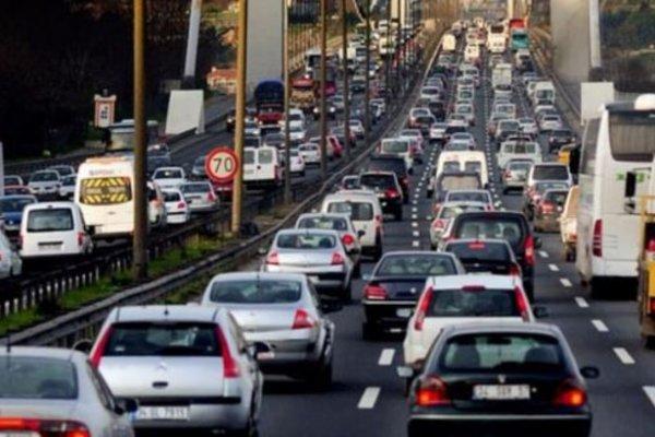 """Hazine Müsteşarlığından trafik sigortasında """"tavan fiyat"""" açıklaması"""