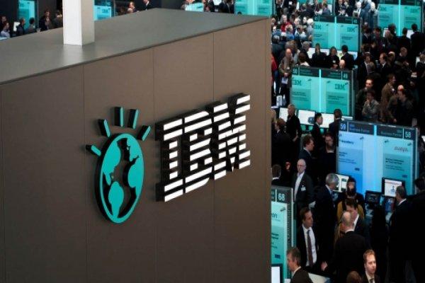 IBM'in net karı ve geliri ilk çeyrekte azaldı